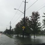 Major flooding on the streets of East Windsor and Tecumseh. #Lesperance #Lacasse #littleriver https://t.co/3EqLeU6UR2