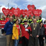 The sun shone for huge turnout  @CroiGalway #WorldHeartDay walk in Eyre Square #Galway today. Great atmosphere! https://t.co/bSI8dmGRgq
