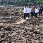 Banjir bandang di Garut karena rusaknya alam. Tindak tegas pelaku perusakan lingkungan -Jkw https://t.co/R9P05qUjJ6