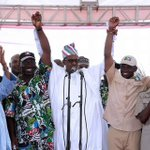 President @MBuhari congratulates Mr. Godwin Obaseki and Gov. Oshiomhole on victory at polls https://t.co/DxFYCwKAZE https://t.co/44zS4Dxhem