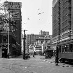 #TBT (1920s): Looking south on Broadway with the Examiner Building in the background at Broadway and 11th Street. https://t.co/EvdrOqrVnV