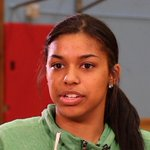 South HSs Evina Westbrook is No. 1 guard in USA in @espn rankings for 2017 recruiting, and No. 2 player overall. https://t.co/qhaMNvfiBN https://t.co/9IuCtTqSSn