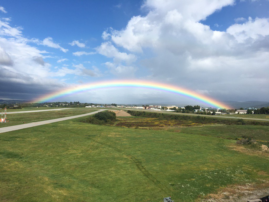 Check out this rainbow over Latrobe. They're calling it Arnie's Rainbow. https://t.co/h9vfwffLBm