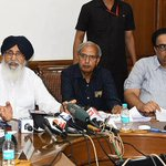 Due to escalating situation on the Indo-Pak border,CM S. Parkash Singh Badal instructed the admin. to be prepared for any unforeseen event/1 https://t.co/2bzsEE0a3p