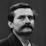 Happy birthday to the global icon of democracy Jaro... I mean... Lech Wałęsa! https://t.co/iQSmmUfzxm