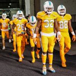 REPORT: Tonights Dolphins uniforms were designed by someone who is legally blind (pic via @NFL) #MIAvsCIN https://t.co/Xhrzhg6LGY