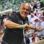 نادي الهلال قدم للمدرب جروس عرضاً مالياً أكبر من النادي #الأهلي .. (( يحلمون اللي فيك يفكرون )) ..#الملكي https://t.co/xer2cjgufx