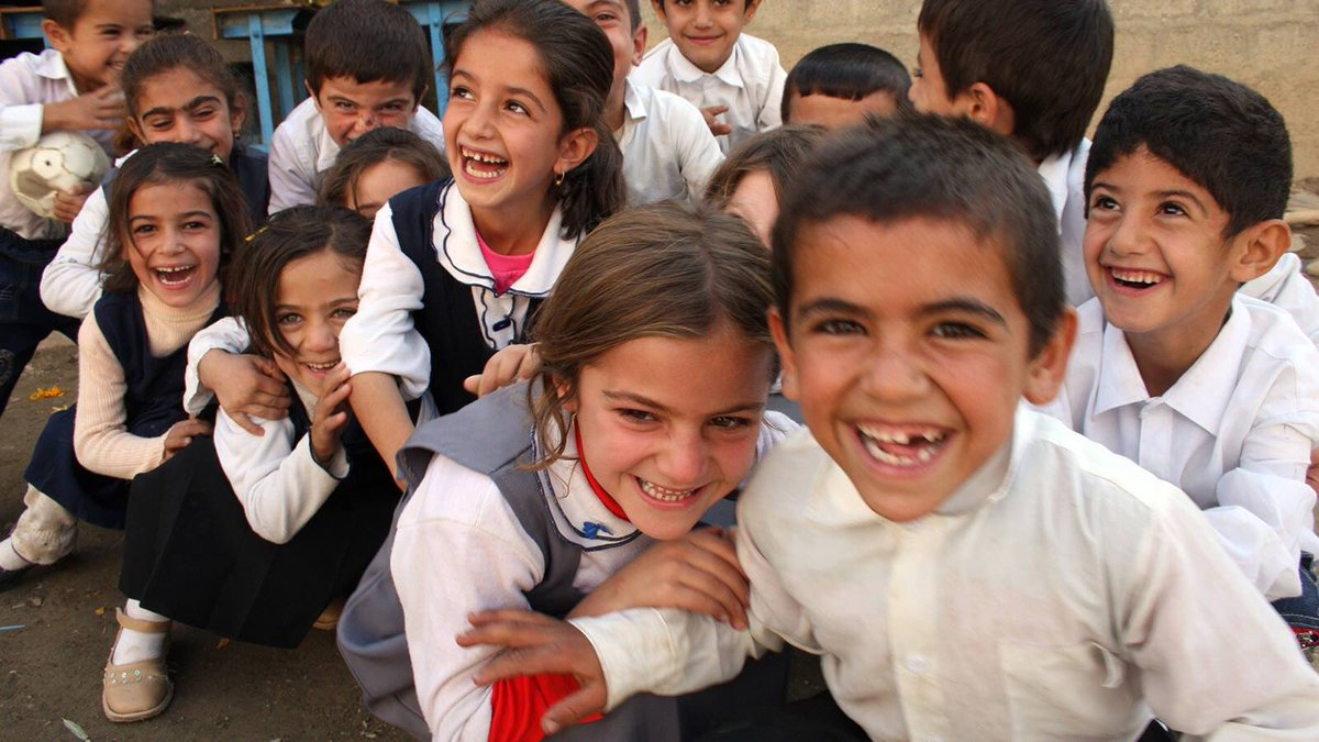 Iraqi Students smiles in their first day of school https://t.co/XeRvXlyCyn
