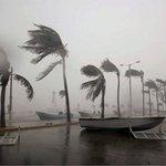 """Los efectos del huracán """"Mathew"""" comienzan a sentirse en Venezuela   https://t.co/UD6C9NvYyo https://t.co/0mqhOWAiE5"""