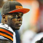 BREAKING: Cleveland Browns announce WR Josh Gordon to step away from football and enter rehab https://t.co/AXpFPkCCOa