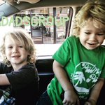 Sibling fun & smiles. Thank you to member @oneSAHD for sharing. #ladads #citydads #sibling #fun #smiles #losangeles #california https://t.co/PBkfZMGjXM