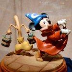 ディズニーパークの貴重なアートワークの数々が展示されているディズニーギャラリーも本日クローズですdl…