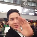 Hi! @aldenrichards02 live from the UK by GMA Pinoy TV ctto Hindi natulog #ALDUBMaghihintay https://t.co/WL4knO20G9
