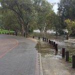 Onkaparinga River definitely rising at Old Noarlunga, pics 30 mins apart #FIVEaaNews https://t.co/9g2jWisL0C