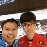 Faker asked me for a selfie. https://t.co/nWA761earF