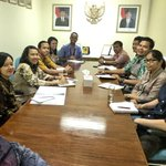 What role has Darwin & NT played in @IndonesiaAust relations ?   Meet the team wholl prepare the book @CaddieBrain https://t.co/DVGazebJML