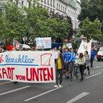 Richtungsweisendes Urteil: Berlinerin klagt mit Erfolg gegen zu hohe Miete. https://t.co/nkuGeL9jup #Mietpreisbremse https://t.co/6vigNOtVXE