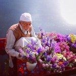 العطر يبقى دائماً في  اليد التي تعطي الورد! . هيدا بيجار https://t.co/xL3qmw0Fm6