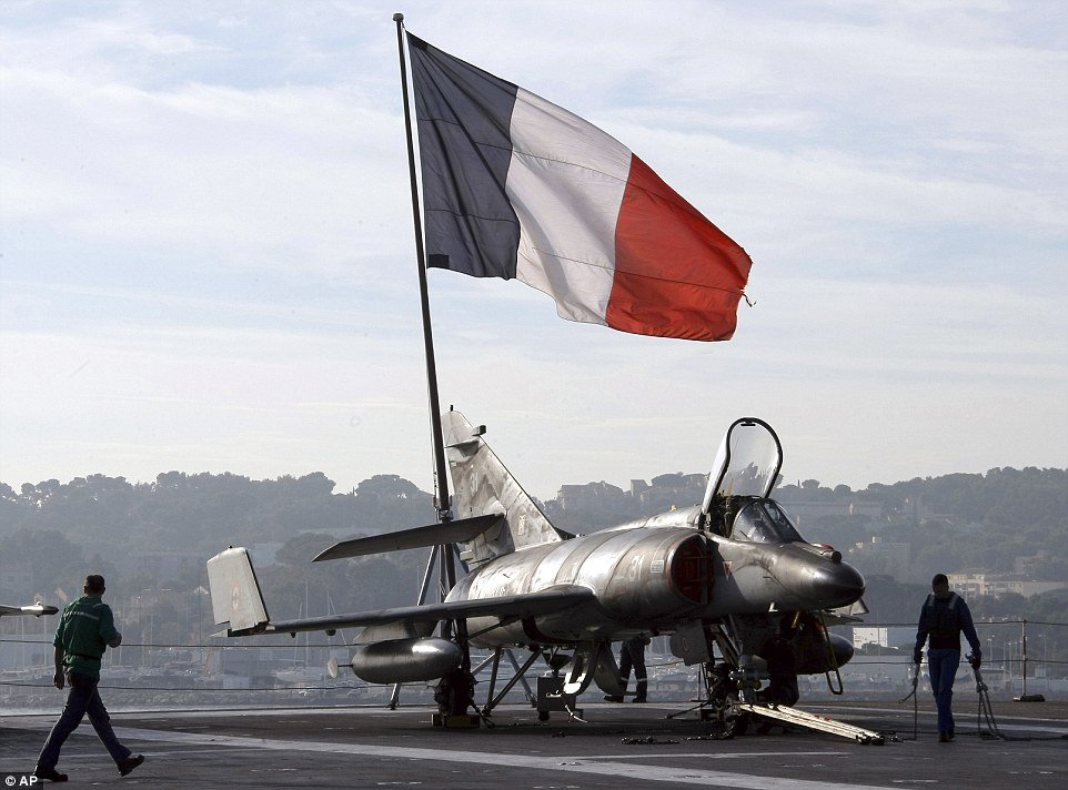 #BREAKING: France begins air strikes against IS from aircraft carrier Charles de Gaulle: reports