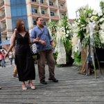 Cristina Corona (left), wife of the late CJ Renato Corona, here to pay last respects to Sen. Miriam. https://t.co/DIM3iWOqra