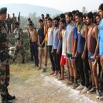 #IndianArmy conducts Recruitment Rally in Bandipora,#NorthKashmir. More than 900 Youth screened for physical,medical & other parameters. https://t.co/rflawK1r81
