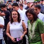 VP @lenirobredo arrives at Sen. Miriams wake. She is welcomed by the senators chief of staff, Rissa Ofilada. https://t.co/JCsQKsfAES