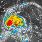 #30Sep Huracán Matthew comienza alejarse de las costas venezolanas https://t.co/JV36zweNPh https://t.co/HG5sW2rR5P
