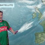 Could there be any dare worse for a Dub? Martin King has viewers in stitches as he dons Mayo jersey https://t.co/rgbOi5KDex https://t.co/24StBJKYB1