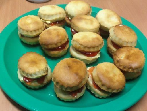 RT @MissRothwellL2: Yum! Our delicious scones looked amazing! #food #baking #britishvalues https://t.co/hWAQG9Lhp7