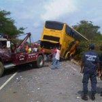 11 muertos tras volcamiento de autobús Expresos Los Llanos(+Fotos) https://t.co/Gc2CSdxryT https://t.co/WzIlH677Wt
