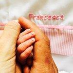 Lo más grande de la vida, el AMOR por nuestros hijos! Bienvenida Francesca @carlipereyra https://t.co/vqezmRVQex