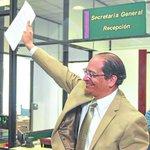 Se postula para rector @GrijalvaAgustin vía @el_telegrafo | https://t.co/XWK4edS8BH https://t.co/XfivafCaqZ