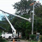 Reemplazamos poste en Bajo Boquete como parte de mantenimiento preventivo. @tvnnoticias @RetenChiriqui https://t.co/CkZ1QJKycr