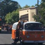 HAPPENING NOW: Roseville High School Homecoming Parade! #RJUHSD @rhstigersinfo https://t.co/ZFy8xWhN8u
