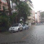 @nexnoticias Calles de Vía Argentina inundadas.Evite circular por esta área. https://t.co/2v5IB0noLK