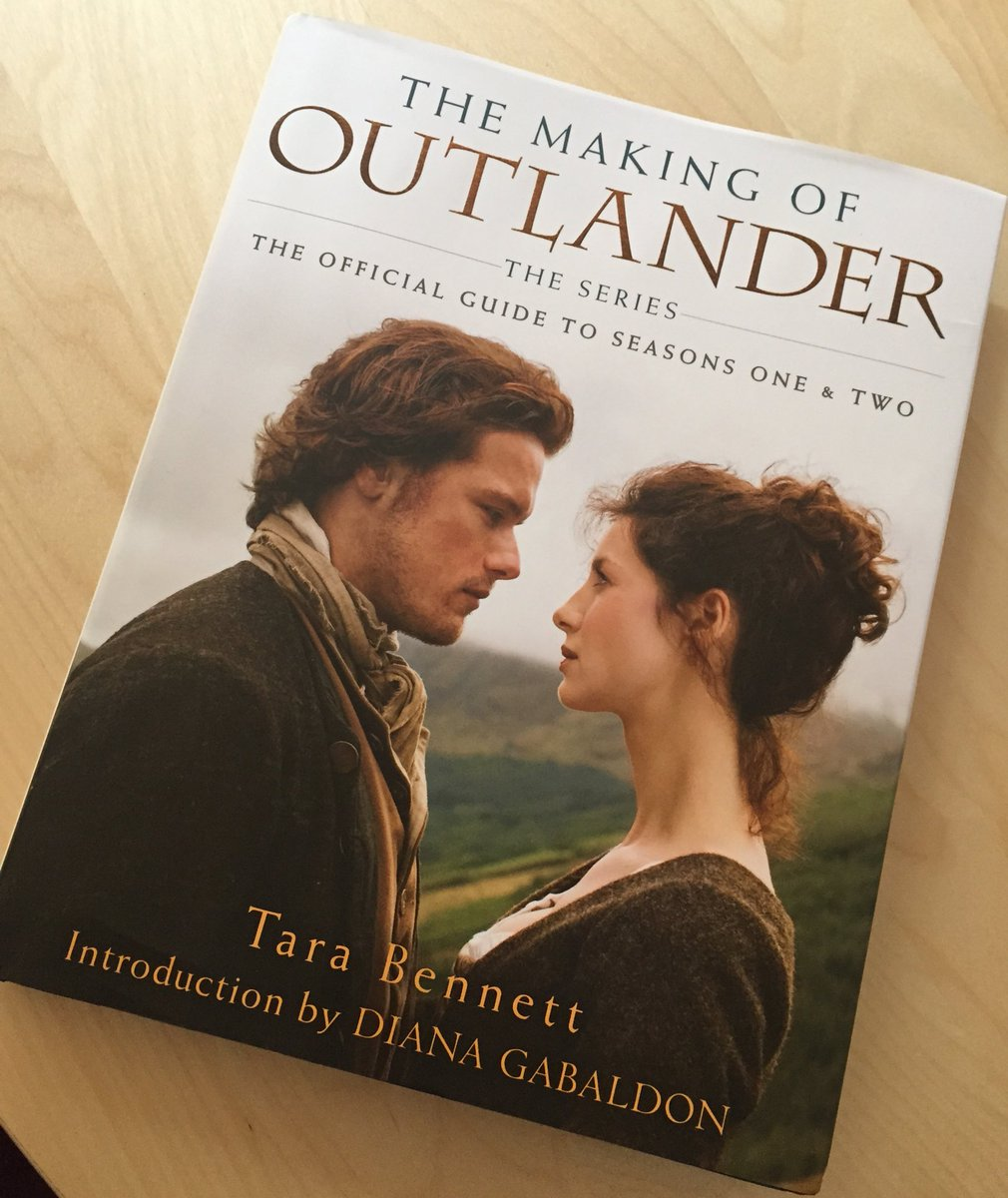 So exciting!! The book is REAL! #OutlanderTVCompanion #comingsoon #Droughtlander #Outlander https://t.co/lZbAGBUEtT