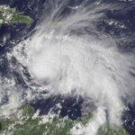 Matthew se convierte en huracán categoría 4 sobre La Guajira. https://t.co/K379d4Wh9U https://t.co/QaGhMukWWe