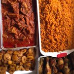 The 8th wonder of the world. NIGERIAN JOLLOF + DODO 🔥🔥🔥🇳🇬😊 Sights of #Nigeria #NigeriaAt56 https://t.co/YPyl5bAfld