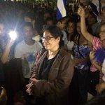 12 y 10 de la media noche.  La profe Linamar vuelve a sonreír en San Juan del sur https://t.co/QeVgY7lDO3