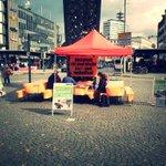 Heute wieder #Mahnwache #SaveAleppo auf dem #Jahnplatz #Bielefeld 11-19h https://t.co/LYpUCoPSAS https://t.co/95MCmxk4Lj