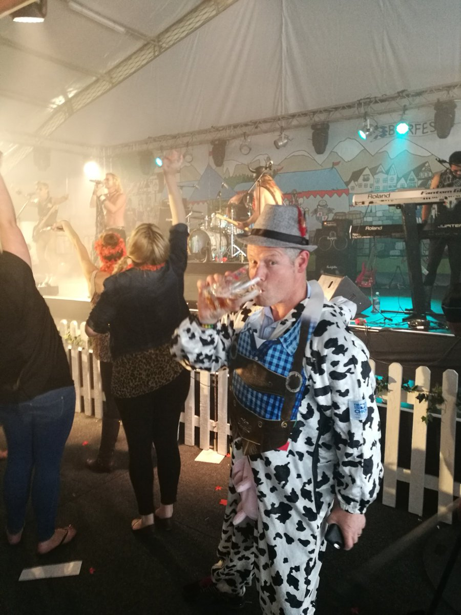 He's done the tour d'urban, midmar & amashova in the CHOC suit. And now @SABierfest. @LuckyGordy you legend! https://t.co/W56nt8HT6v