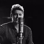 #Directioners... you ready for @NiallOfficials debut solo single, This Town? It charts soon on the #CokeTop40SA!! https://t.co/7NN3EIzTQF