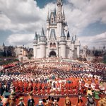On this day in 1971, Walt Disney World officially opened to guests! Happy 45th anniversary! #wdw45 https://t.co/7V0AxaokWB