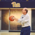 Excited for the first year of Balling with Stallings - happy birthday, Coach! @KevinStallings #H2P https://t.co/LZzmlL47z8
