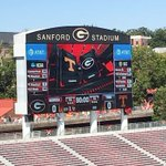LIVE Updates: Analysis as #UGA hosts #Tennessee @Dawgs247 https://t.co/1omLV3XzSc @KippLAdams @Mansell247 https://t.co/tdOc3CQEXC