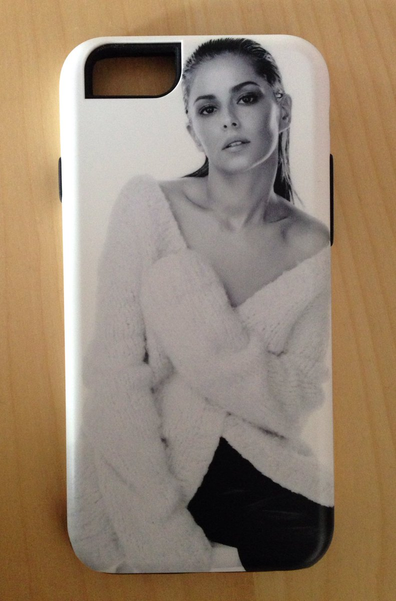 ⚠️COMPETITION⚠️  RT to win Cheryl iPhone 6/6S case.   Winner announced on Monday!!! https://t.co/cq6wHYYaJ0