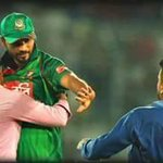 We often see it in football but rare in cricket. The Real Hero of the cricket world @ImMashrafe. #Respect https://t.co/biBI17Hvxz
