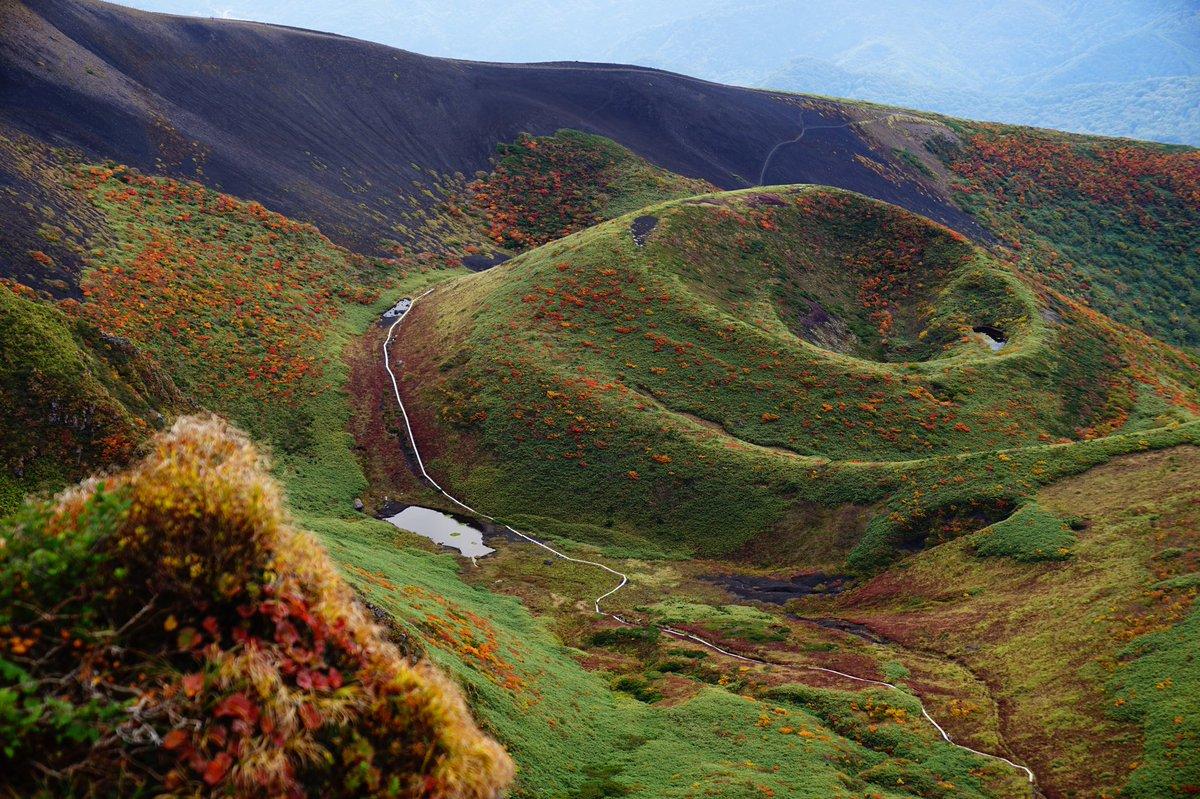秋田駒ヶ岳、登山っていうか散歩だな。 んで異界感すごい。いい山だ。 https://t.co/XLOboDjBJN