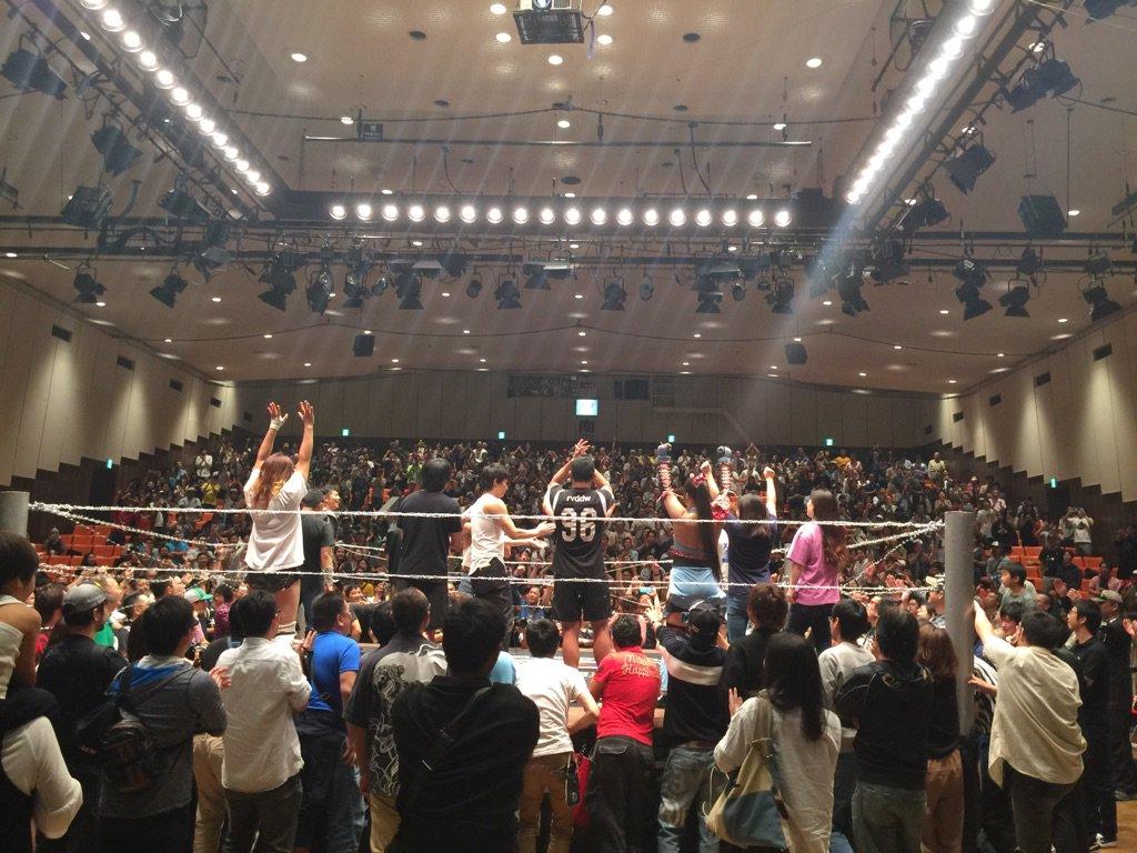 ガンバレ☆プロレス後楽園ホール大会、観客動員は1091人、超満員。 https://t.co/z6d2caX4Xo