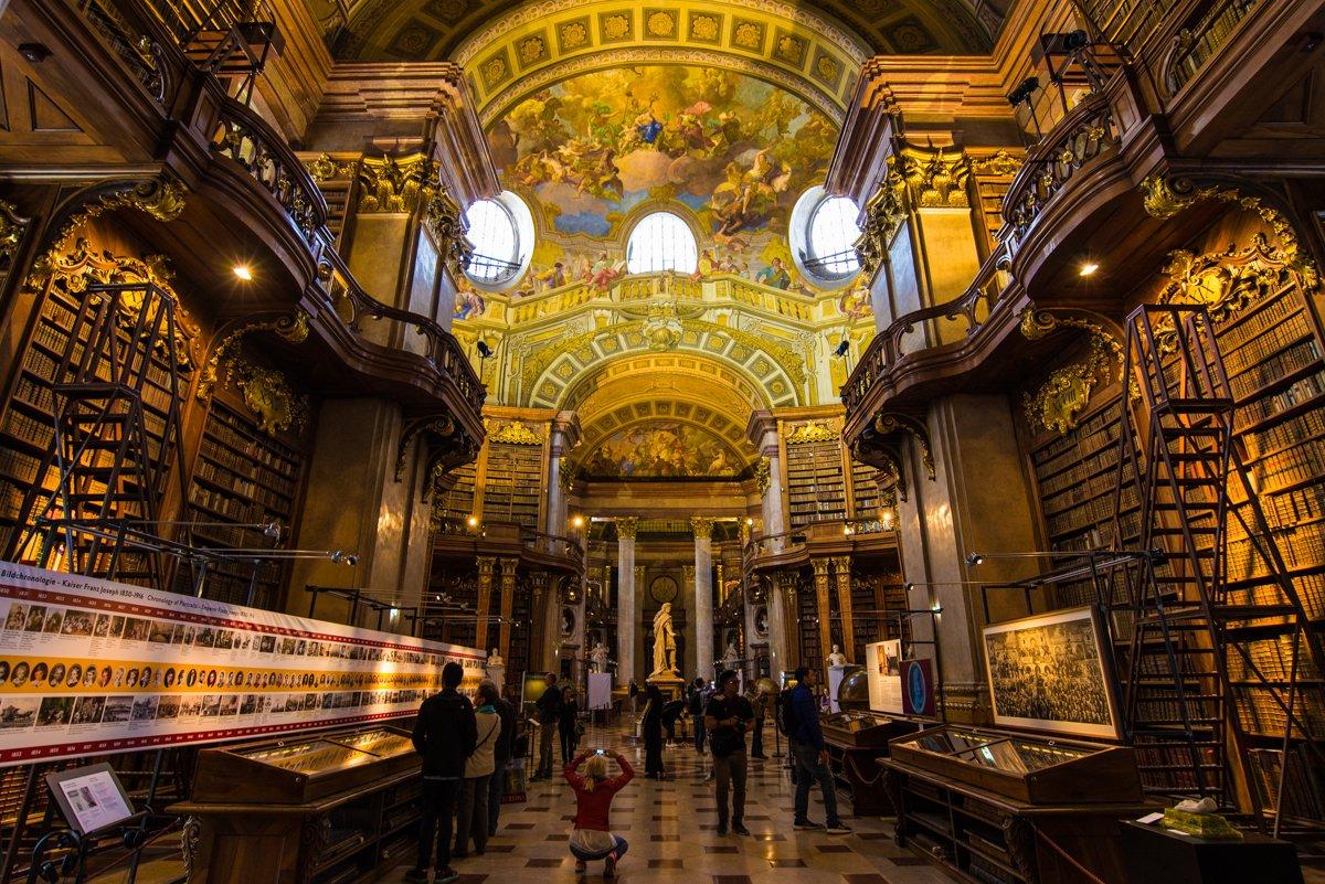 ウィーンの国立図書館はすごかったなー。 https://t.co/b4FoDrOK4R